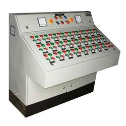 Global Three Phase Motor Starter Electric Control Panels, IP Rating: IP55, for Motor Control
