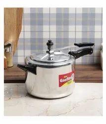 Gasfitt Silver 8 L Aluminium Pressure Cooker, For Home