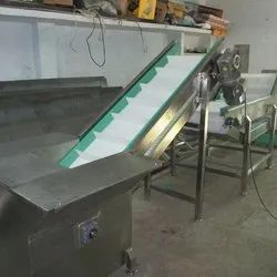 Inclined Cleated Plastic Belt Conveyor
