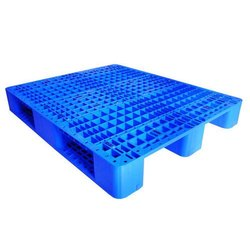 Rectangular Blue Scrap Plastic Pallets, Capacity: 4000 Kilograms