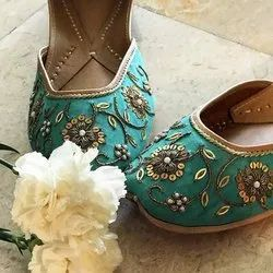 Women Pure Leather Green Punjabi Jutti