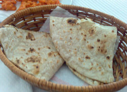 Roti Lunch Service