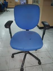 Office Rolling chair Shampoo washing Cleaning services