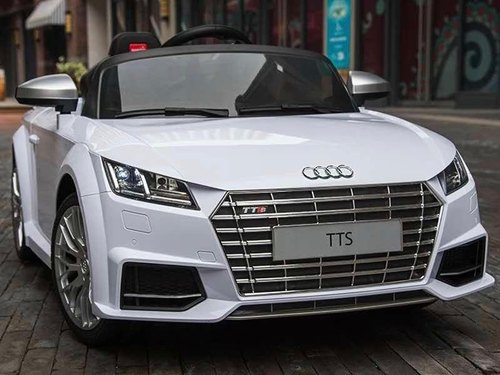 Fiber Audi Tts Battery Car White Capacity 20 Kgs Rs 8500 Piece Id 21346748212
