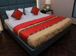 Duvets With Bed Runner Set
