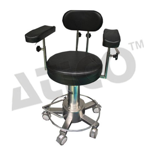 Awe Inspiring Black Surgeon Chair With Arm And Foot Rest Id 4410176888 Machost Co Dining Chair Design Ideas Machostcouk