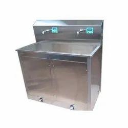 Operation Theater Sensor Scrub Sink