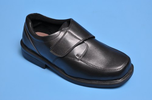 The Diafoot Black Diabetics Shoes Size 4 To 12 Rs 1800 Pair Mv