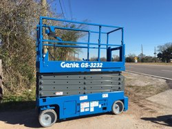 Refurbished Batterey Operated Scissor Lift