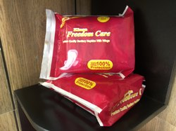 240 Mm Freedom Care Sanitary Napkins