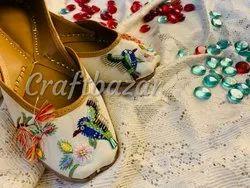 Embroidery Pillow Ladies Jutti