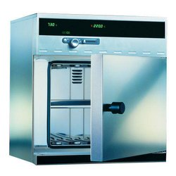 LMOV1 Hot Air Oven