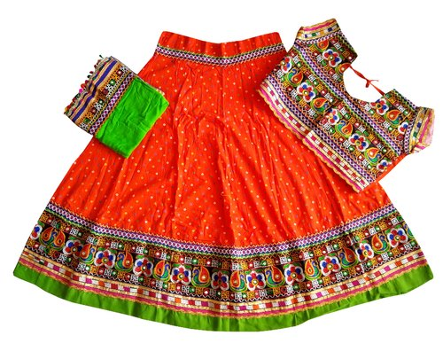 Indian Kids Handmade Lehenga Choli-Gujarati Traditional Dress-Ethnic Dress-Kutchi Embroidered Ghagra Choli-24 Size-5 to 6 Year-Gift for her