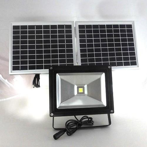 Ceramic Solar Flood Led Light Weight 5 1 Kg Rs 9500 Unit Id