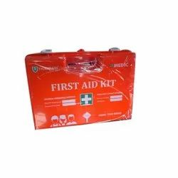 Box A Medic First Aid Kit, Model Name/Number: Series 5500, Packaging Type: Box