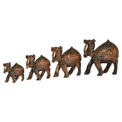 Wooden Emboss Camel Set