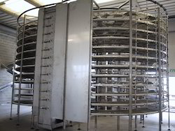 Vertical Dragging Spiral Conveyor