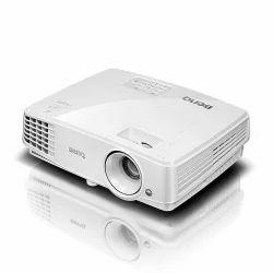 Benq MX528 Projector