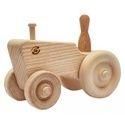 装饰性木制拖拉机