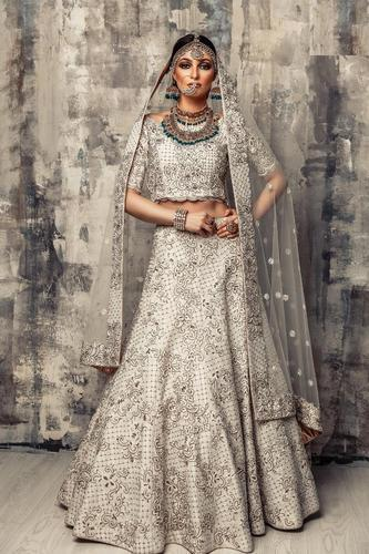 11275e9746 Bridal Wear Designer Lehenga Choli, लहंगा चोली at Rs 3333 ...
