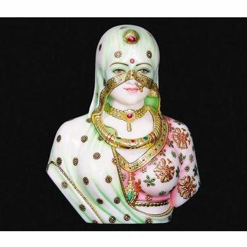Bani Thani Statue