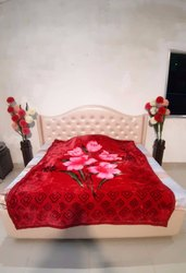 Single Bed Red Warm Gullivar Blanket