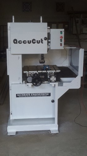 2hp Vertical Bandsaw Machine Accu Vb for Industrial, Capacity: 300vb