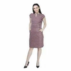 Casual Wear Printed Ladies Checked Short Dress, Half Sleeves