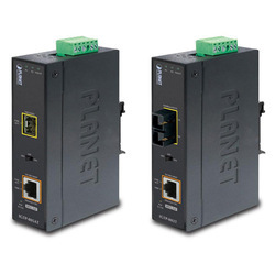 IGTP-80xT DIN Rail Gigabit PoE Converter