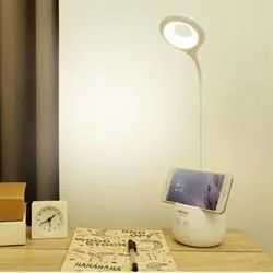 LAMP WITH MOBILE STAND