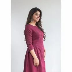 3/4 Sleeves Ladies Rayon Kurti
