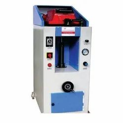 Sole Pasting Machine, For Footwear Industry, Capacity: 400 Pairs Per Day