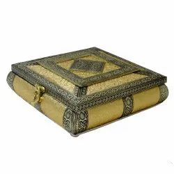 Handicraft Wooden Dry Fruit Box