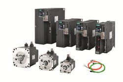 400 Watt- 7kw 2000-3000 Rpm AC Servo Motors, Model Name/Number: Siemens V90, 220-440