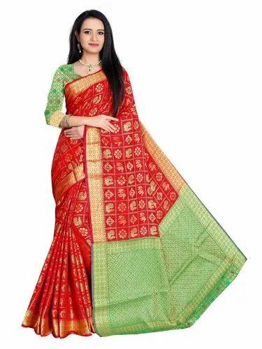 79c7d5c6010cda Red Wedding Wear Gorgeous Designer Banarasi Patola Silk Saree With Blouse  Piece