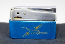 Antique Rare Cigarette Pocket Lighter Collectible pocket friendly. G76-55