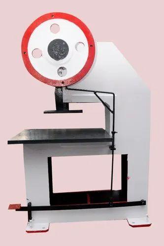 Hawai Chappal Sole Cutting Machine