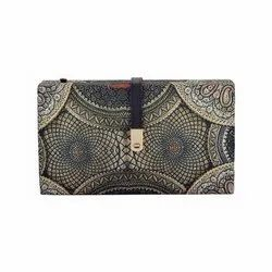 Tassar Silk  Extremely Nice Design Casual Clutch