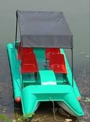 4 SEATER PADLE BOAT WITH CANOPY