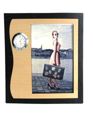Photo Frames With Clock