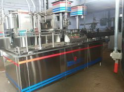 Automatic Volumetric Liquid Filling Machine