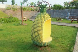 Pineapple Type Chair
