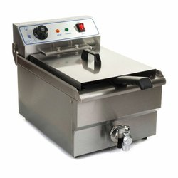Deep Fat Fryers with Oil Drain Tap
