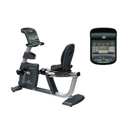 SF 700 Upright Bike