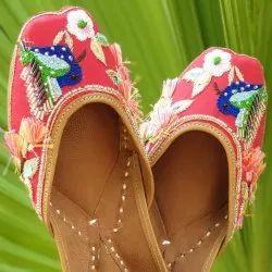 Handcrafted Designer Ladies Jutti