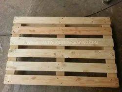 Reversible Wooden Pallets