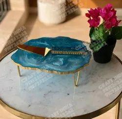 Resin Cake Platter With Server