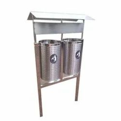 Pole Mounted Twin SS Dustbin with Roof
