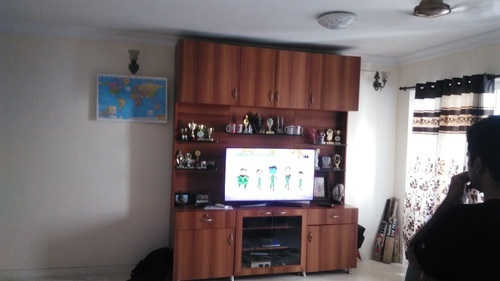 Brown 6 To 7 Feet Wooden Tv Unit Max Tv Screen Size 50 59 Inch