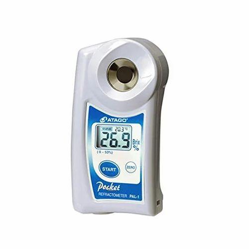 Portable Analog And Digital Hand Held Refractometers, Portable Refractometer,  Handheld Refractometer, हैन्ड रेफ्रेक्टोमीटर, हाथ वाला रेफ्रेक्टोमीटर - Lab  Sales Corporation, New Delhi   ID: 4148613697